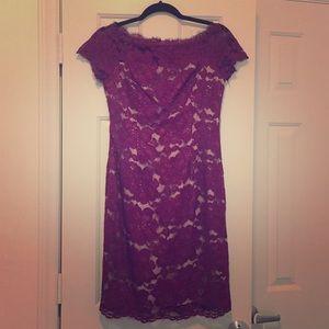 Beautiful Adrianna Papell Lace Dress